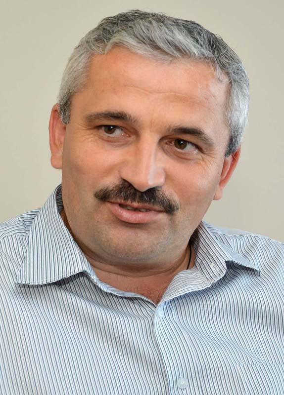 Dumitru Fechete, director President