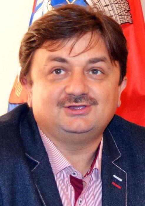 directorul regional al RCS&RDS, Nelu Dumea
