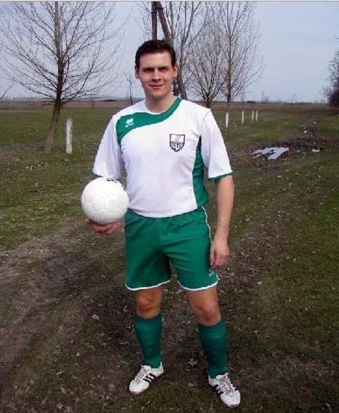 03 fotbalistul.jpg