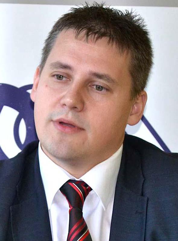 directorul Agenţiei Judeţene pentru Ocuparea Forţei de Muncă Bihor, Bekesi Csaba