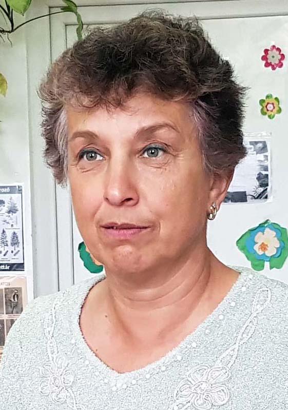 coordonatoarea şcolii Arpășel, Bunău Iren
