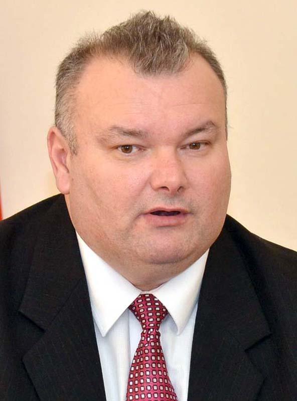 directorul comercial al Companiei de Apă Oradea, Ovidiu Mureşan