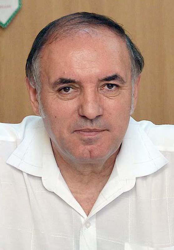 directorul Școlii Dacia din Oradea, Florian Hava