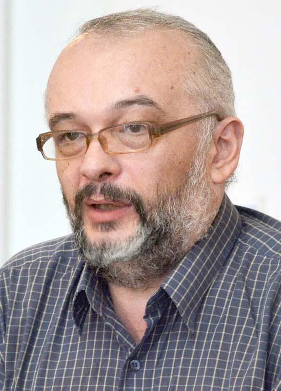 Mihai Maci, universitar