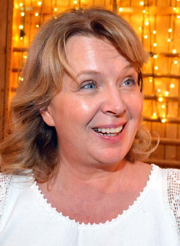 Adriana du Plessis (foto), preşedintele Fundaţiei Casa Minunată