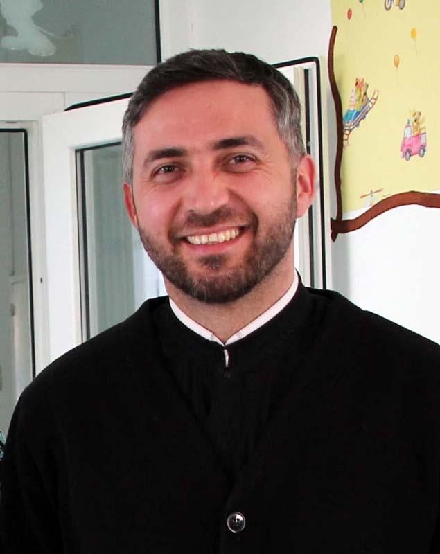 preotul Gabriel Miricescu