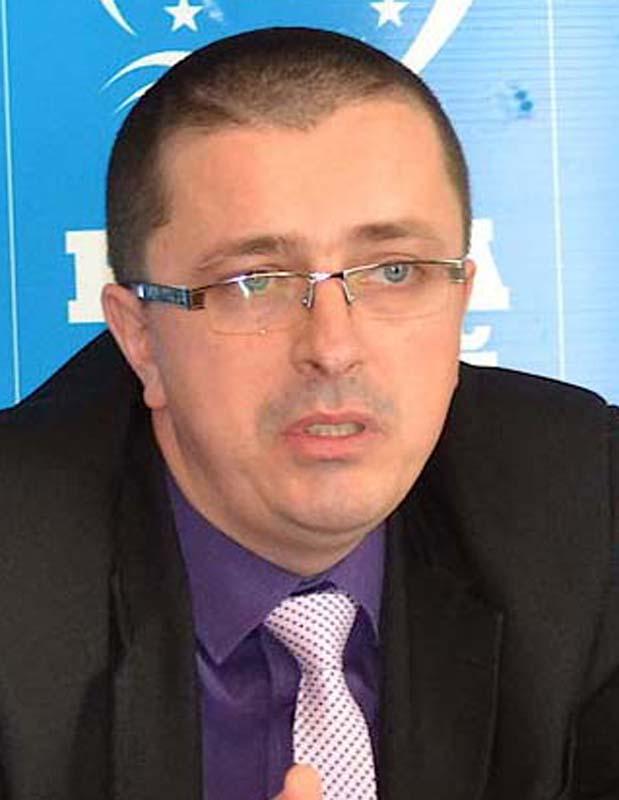 Lucian Buzlea, avocat Oradea