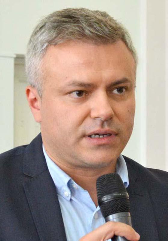directorul Direcției Patrimoniului Imobiliar, Lucian Popa