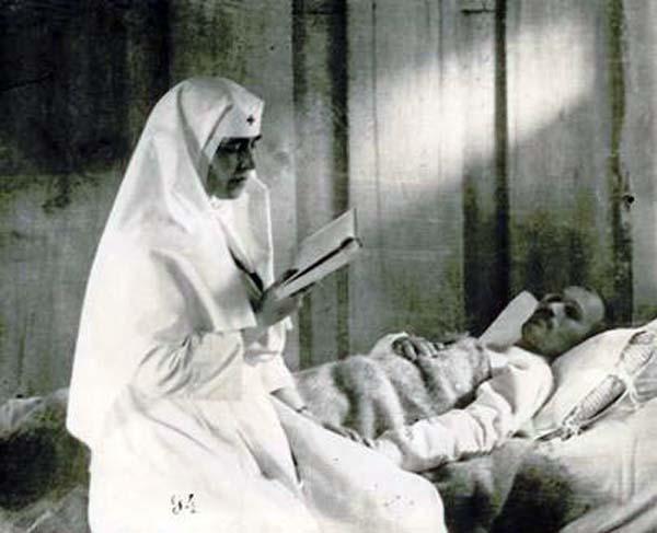 05 infirmiera.jpg
