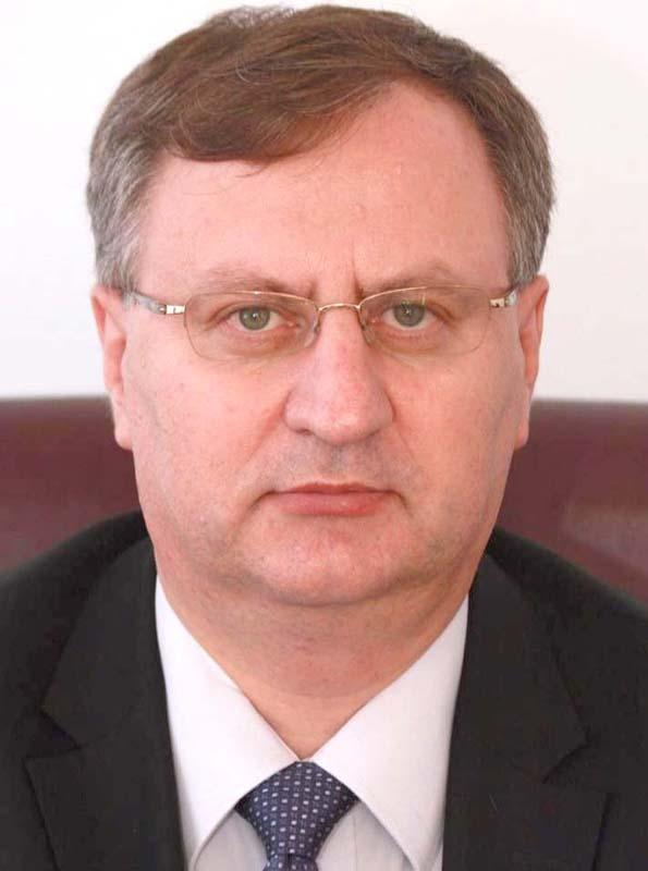 Nicolae Brînzea, fost preşedinte al Senatului Universităţii din Piteşti