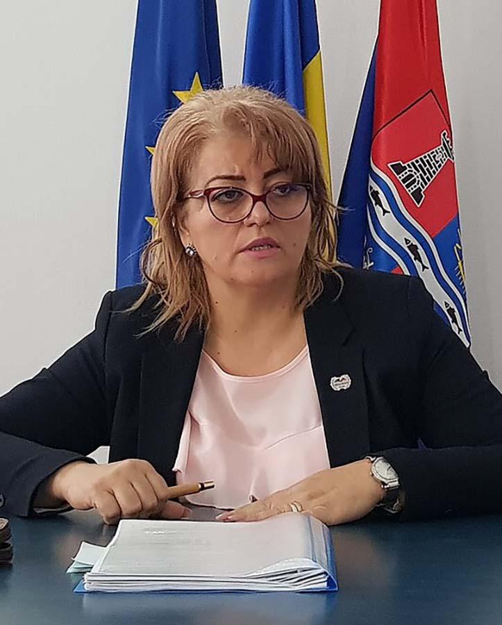 inspectorul şcolar Felicia Ianţa