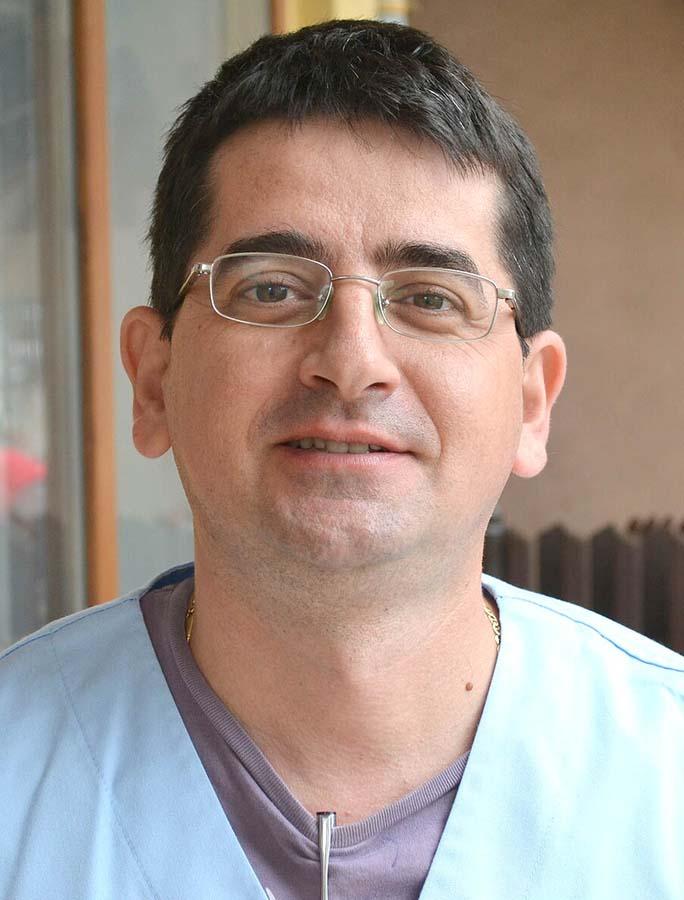 Sorin Lăzuran, medic veterinar