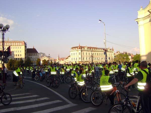 13 biciclisti_1.jpg