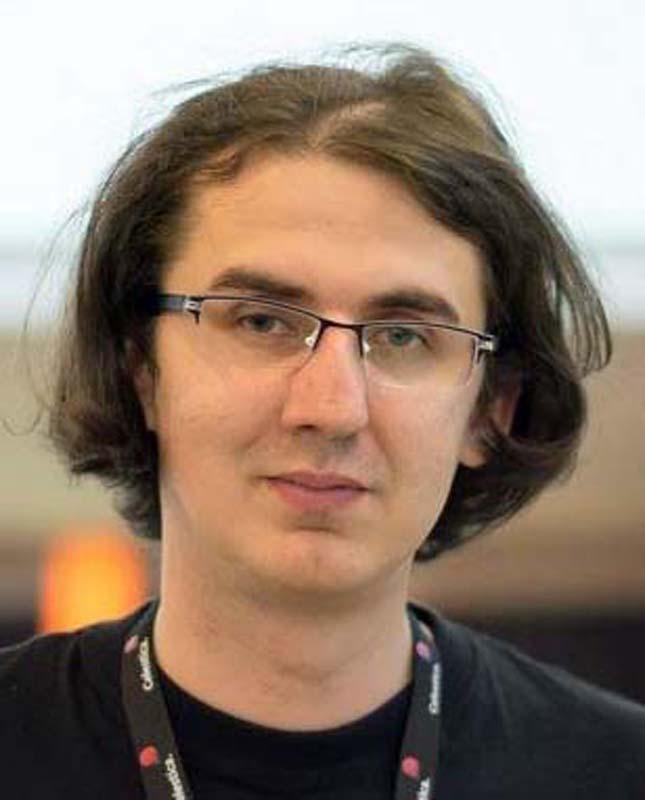 asistentul universitar Flaviu Birouaş (foto), coordonatorul concursului de roboți