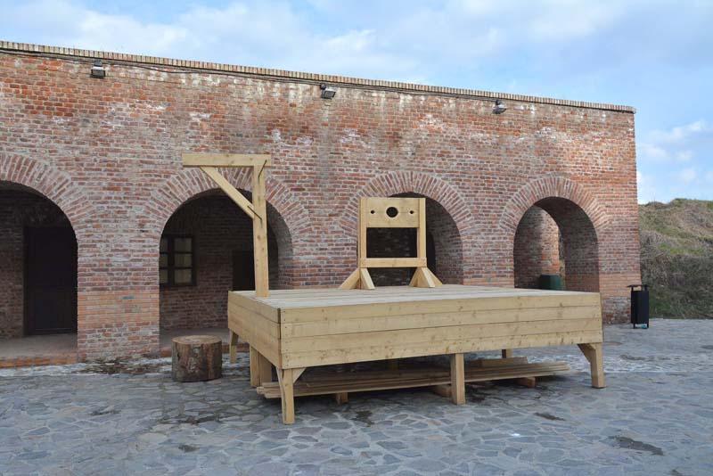 scena în Cetaea Oradea