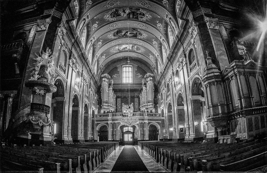 Catedrală Oradea, Foto: Najla Angawi, ESFIAP, EFIAP (Arabia Saudită)