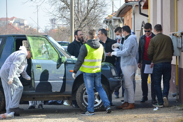 Criminaliști - împușcături strada Barcăului din Oradea