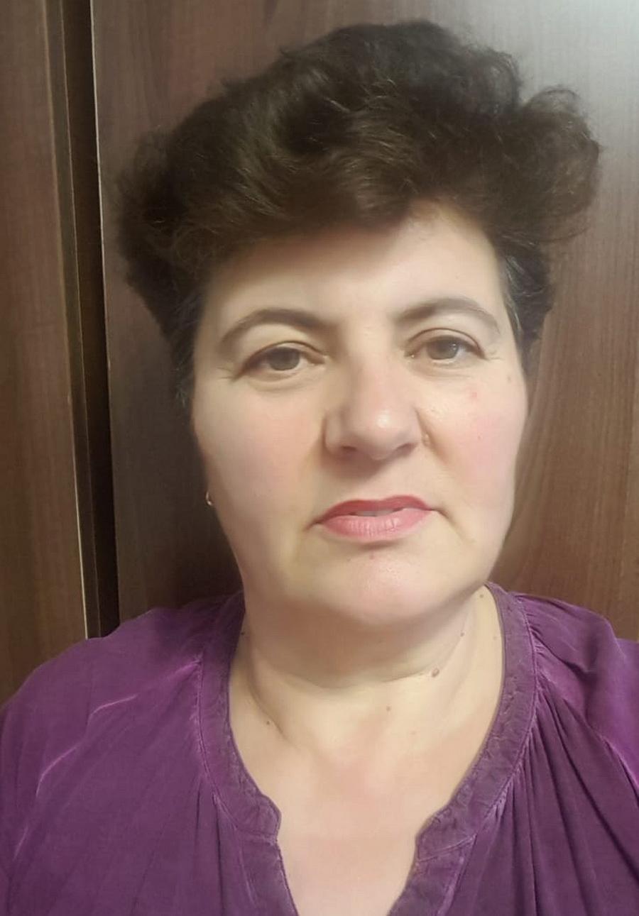 Angela Silaghi asistent social