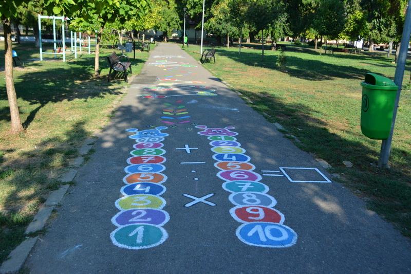 Parcul Olosig, desene pe asfalt
