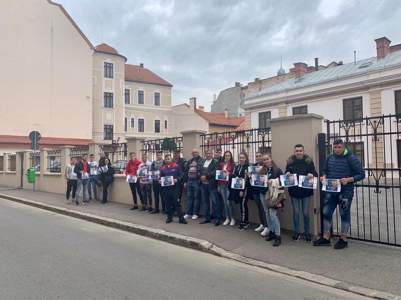 protest pentru Cătălin
