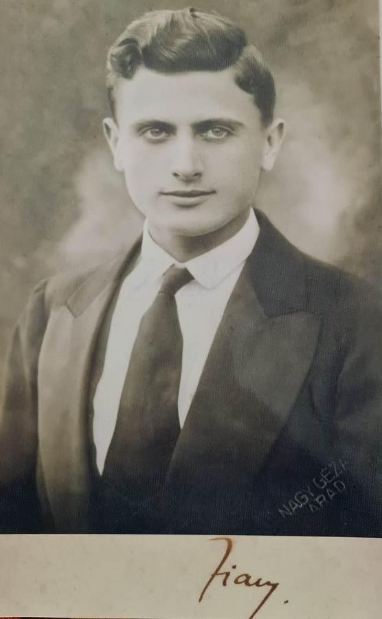 Zian Boca, Arsenie Boca tânăr